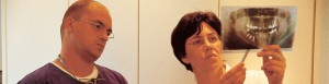 Parodontitis Behandlung Praxis Zahnarzt Günzburg